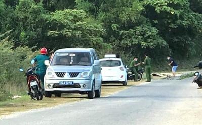 Vụ tài xế taxi vùng cửa bỏ chạy rồi gục chết trên đường: Đặc điểm nhận dạng hung thủ gây án