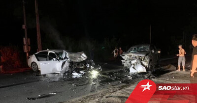 Hà Giang: 2 ô tô va chạm kinh hoàng trọng đêm khiến 3 người thương vong