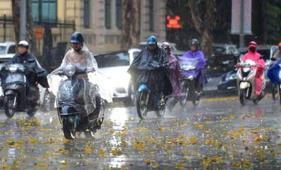 Dự báo thời tiết ngày 25/8: Hà Nội có mưa rào và dông rải rác