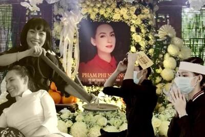 Lễ cầu siêu Phi Nhung 4/10: Con nuôi thẫn thờ cúng thất, Phương Thanh nói lời ruột gan dành cho 'bạn già'