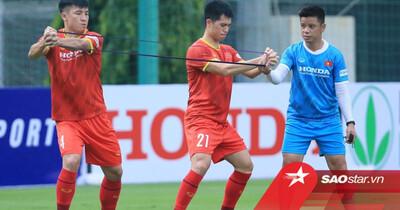 NÓNG: Ông Park loại Đình Trọng và 3 cầu thủ trước trận đấu với Trung Quốc