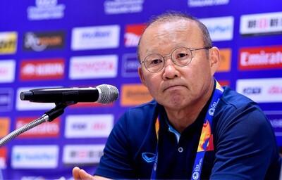 Báo Hàn: 'Ghế của HLV Park Hang Seo lung lay dữ dội'