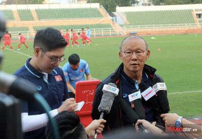 Bị cấm 4 trận và nộp phạt 120 triệu, HLV Park Hang Seo có mất quyền chỉ đạo ở U23 Việt Nam?