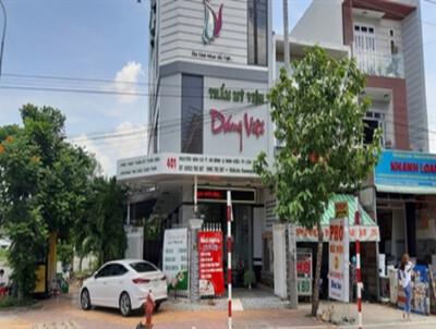 Thẩm mỹ viện Dáng Việt ngang nhiên quảng cáo quá chuyên môn?