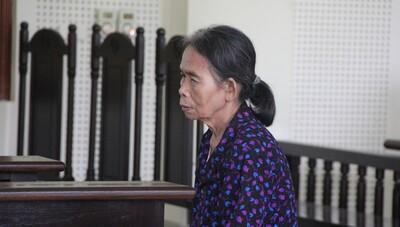 Người bà 'máu lạnh' sát hại cháu nội lãnh 12 năm tù