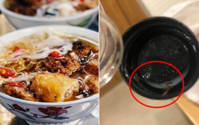 Liên tiếp bị khách tố 2 đơn hàng có con gì đó giống ấu trùng gián trên nắp chai sữa đậu, cửa hàng bún chả nổi tiếng Hà Nội nói gì?