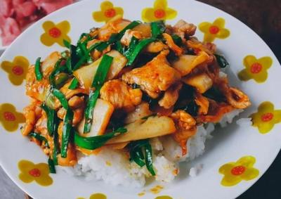 Chuyên gia dinh dưỡng chỉ ra 4 loại rau dạ dày 'ghét' nhất, đừng để chúng xuất hiện nhiều trên bàn ăn