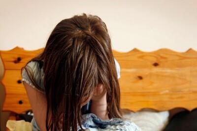 Bé gái 12 tuổi sinh đôi sau khi bị cưỡng hiếp, lộ ra sự thật gây phẫn nộ