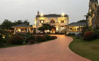 Biệt thự vườn 2.000 m2 của đại gia Nam Định được rao bán với giá không tưởng