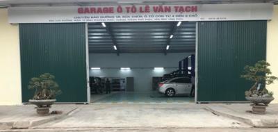 Gara ô tô bị tố 'luộc đồ' xe của khách hàng