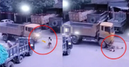 Kinh hoàng cảnh 02 bé gái lao ra đường bị xe tải húc bay hàng chục mét