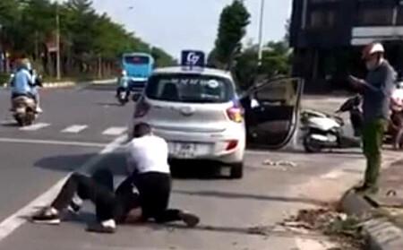Vụ đại úy công an đứng gọi điện thoại khi tài xế vật lộn với cướp: 'Sợ thì hãy ra khỏi ngành'