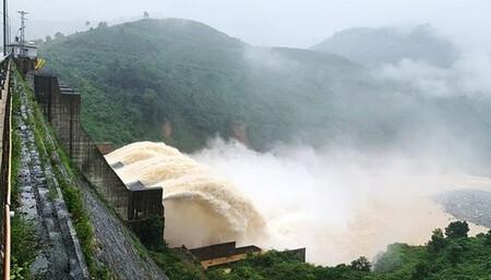 Nghệ An: Nhiều nhà máy thủy điện trên địa bàn thông báo xã lũ