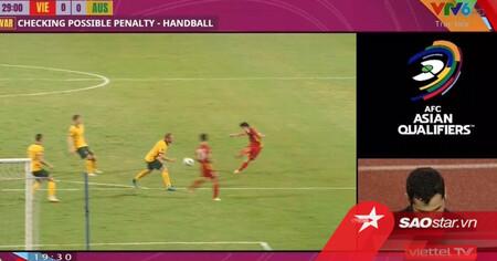 VIDEO: Trọng tài từ chối penalty cho tuyển Việt Nam khiến cả châu Á tranh cãi