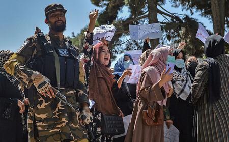 Trò hề của Taliban: Cấm phụ nữ không được làm việc tại Bộ Phụ nữ Afghanistan, chỉ đàn ông được vào