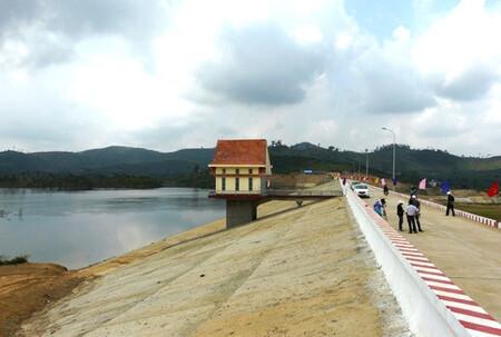 Hàng trăm hộ dân chưa thể an cư tại Dự án Hồ chứa nước Krông Pách Thượng (Đắk Lắk)