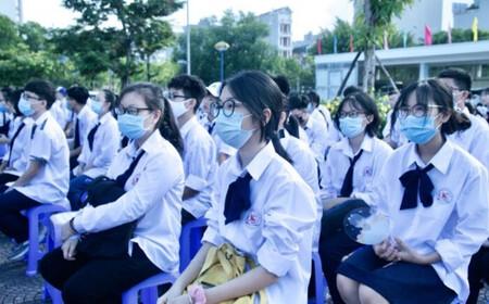 Sở GD&ĐT Hà Nội vừa rút đề xuất cho học sinh đi học trở lại từ ngày 25/10